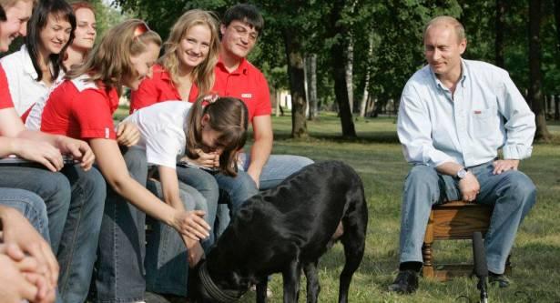 الرئيس  الروسي  فلاديمير  بوتين يكشف تفاصيلاً عن أولاده وأحفاده  وحياته الخاصة  .