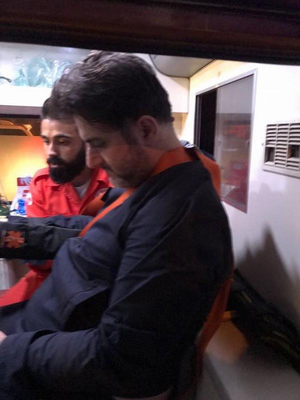 تعرض النجم اللبناني ملحم زين لحادث سير مروع على طريق ضهر البيدرفي   البقاع اللبناني الحبيب