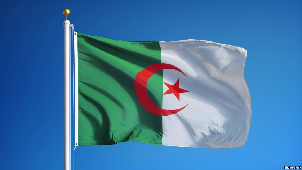 الجزائر تكرم الفنان المصري :  محمد فوزي    ملحن نشيدها الوطني