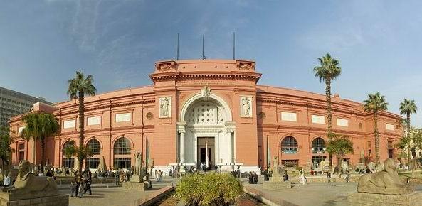 """محاكمة مسؤولين بالمتاحف المصرية بتهمة """"الإهمال الجسيم"""""""